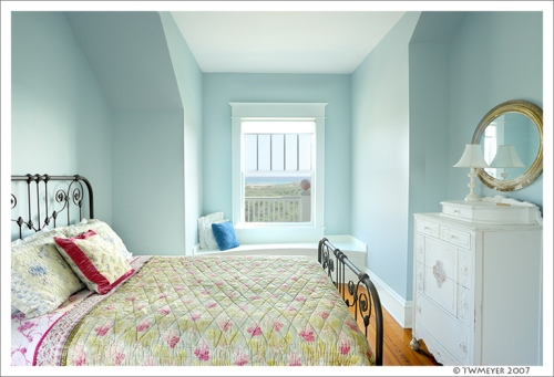 The window seat bedroom at Anna's Veranda, Inlet Beach Florida