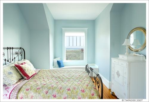 The window seat bedroom at Anna's Veranda, Inlet Beach Florida